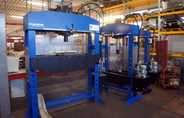 Производство гидравлических прессов OMA-Werther